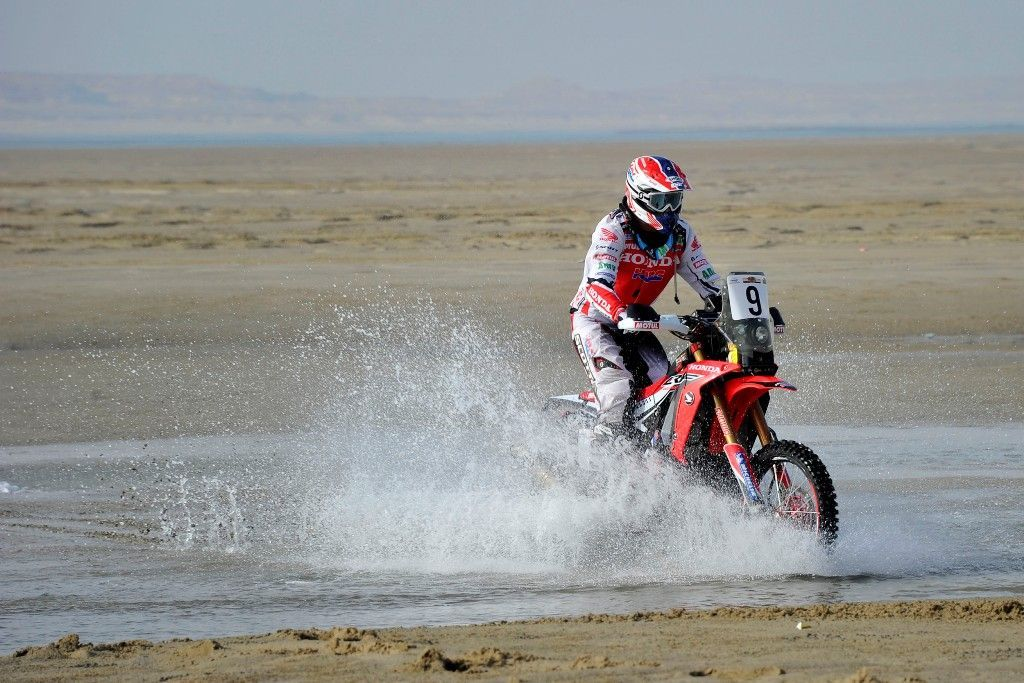 Barreda vence la 3ª etapa del Sealine Cross-Country Rally recuperando el liderato