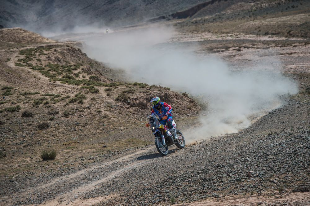 Armand Monleón sigue arrasando en el China Silk Road Rally