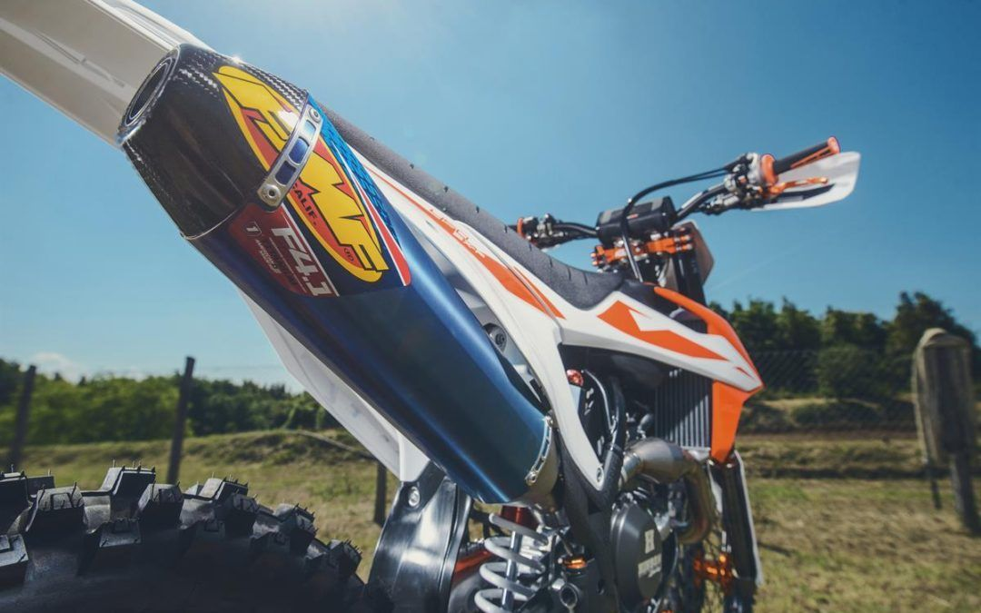 KTM presenta una exclusiva gama de Powerparts FMF Racing