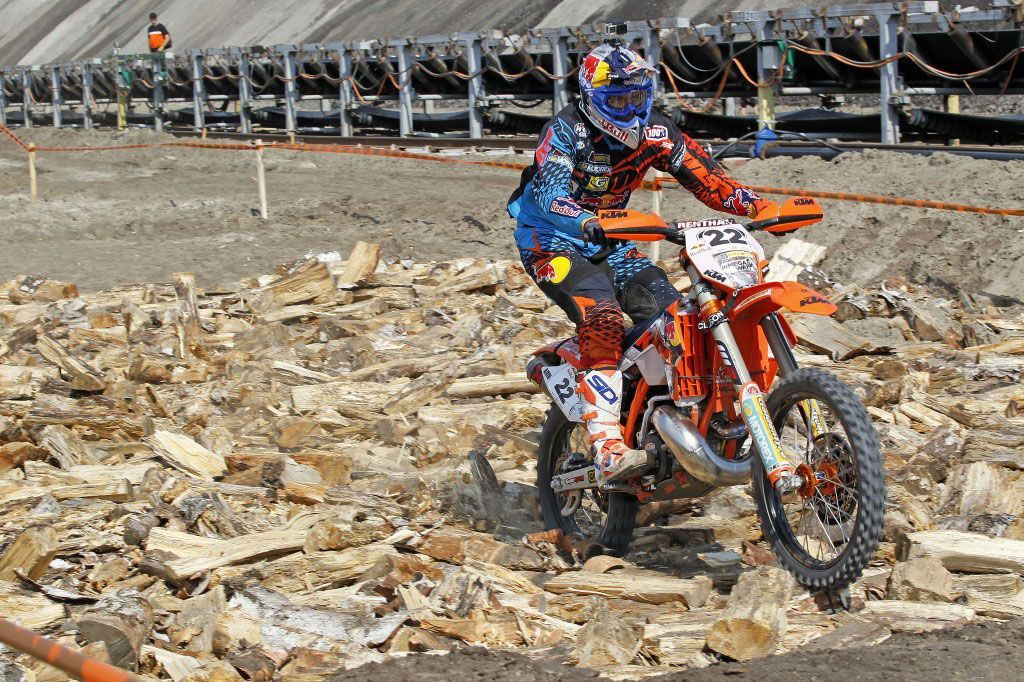 Jonny Walker imparable, gana la Red Bull 111 Megawatt Hard Enduro
